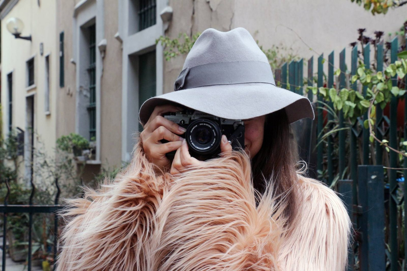 faux fur coat street style | Dilya London